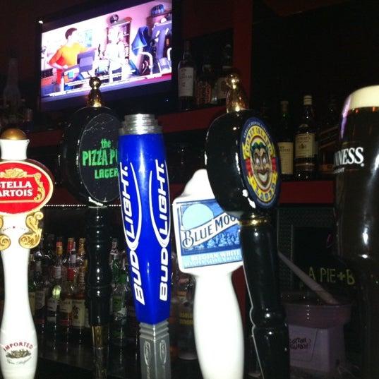 Foto scattata a The Pizza Pub da Joseph il 9/7/2011
