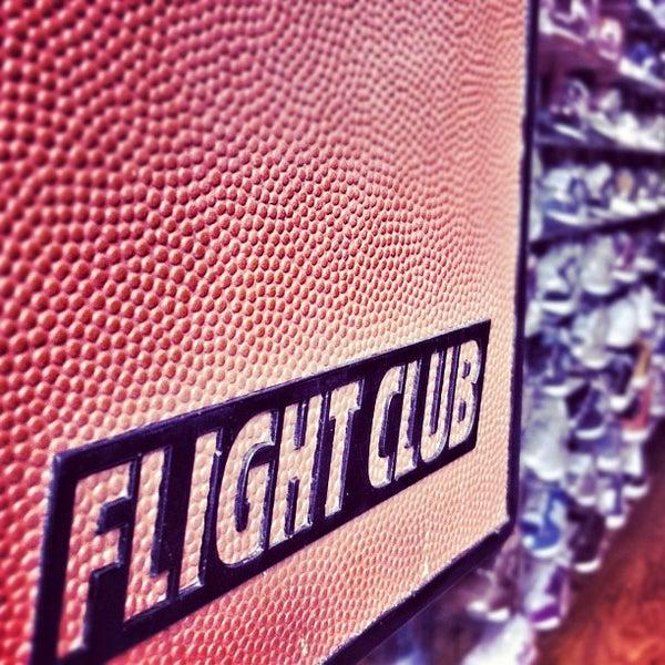Foto tomada en Flight Club por DJ YONNY el 2/27/2012