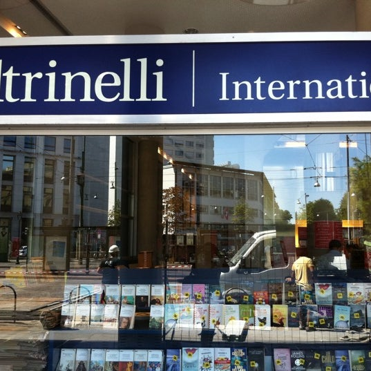 la Feltrinelli International - Libreria in Centro Storico