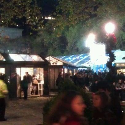 Foto tomada en Celsius at Bryant Park por Saiff A. el 11/19/2011