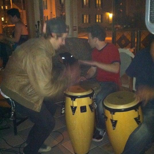 Das Foto wurde bei Sahara Restaurant von Lauren S. am 9/28/2011 aufgenommen