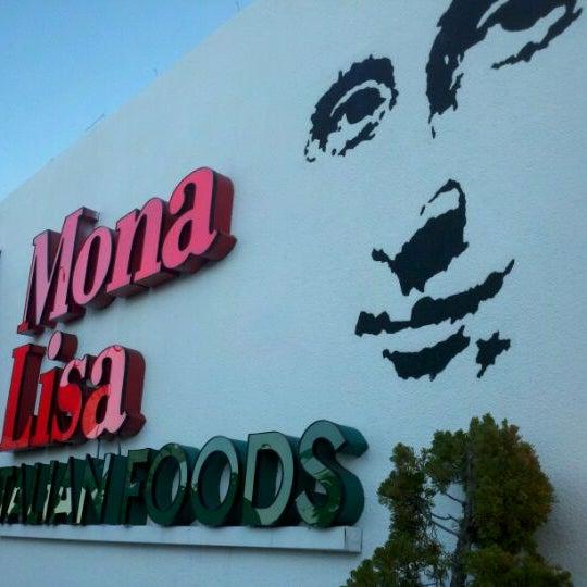 Das Foto wurde bei Mona Lisa Italian Restaurant von Shane L. am 1/26/2012 aufgenommen