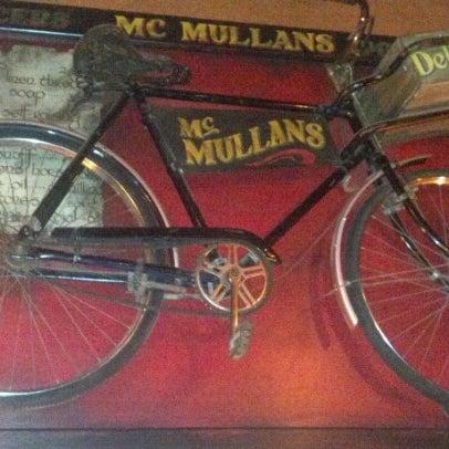 Foto scattata a McMullan's Irish Pub da M G. il 9/1/2012
