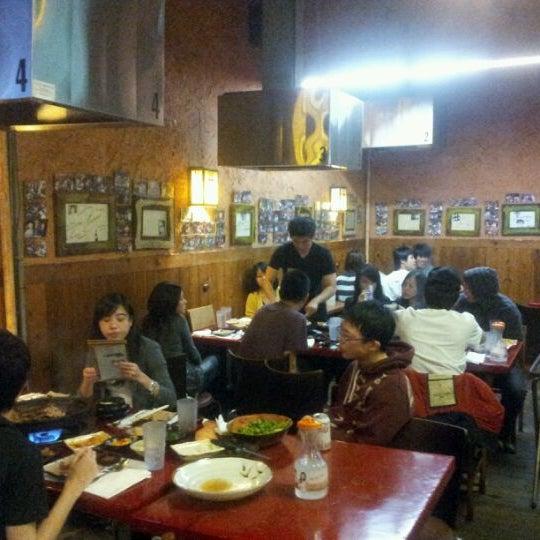 Foto scattata a Hae Jang Chon Korean BBQ Restaurant da Kenny T. il 11/24/2011