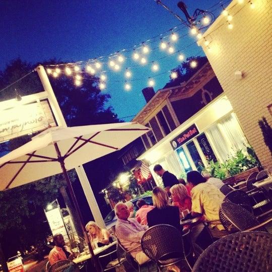 Das Foto wurde bei Campagnolo Restaurant + Bar von Rav T. am 6/20/2012 aufgenommen