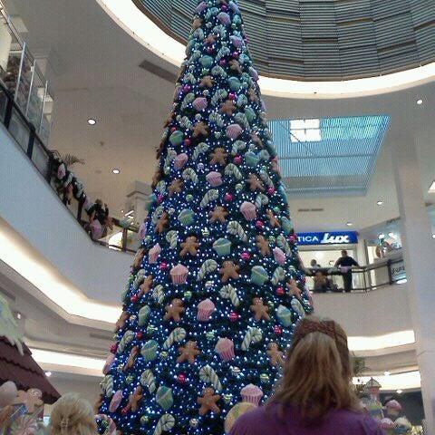 Das Foto wurde bei Portones Shopping von Pablo R. am 12/18/2011 aufgenommen