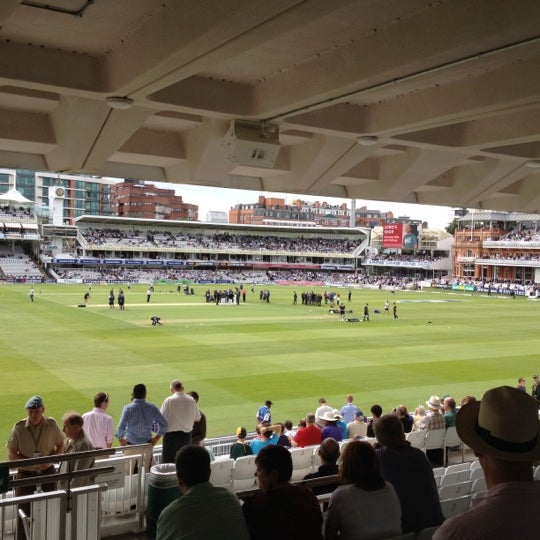 Foto tomada en Lord's Cricket Ground (MCC)  por Simon P. el 8/16/2012