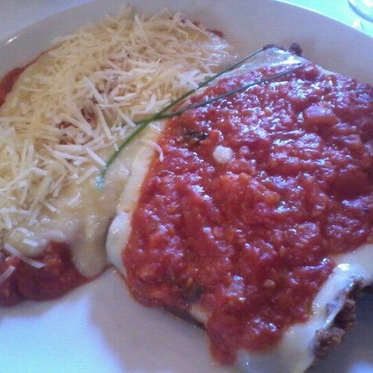 Foto tirada no(a) Zeffiro Restaurante por Augusto M. em 7/22/2012