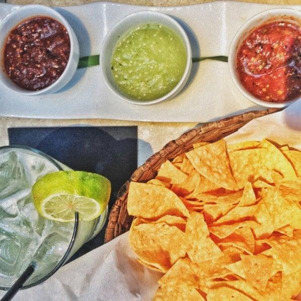 Das Foto wurde bei Tortilla Republic von Tim M. am 9/6/2012 aufgenommen