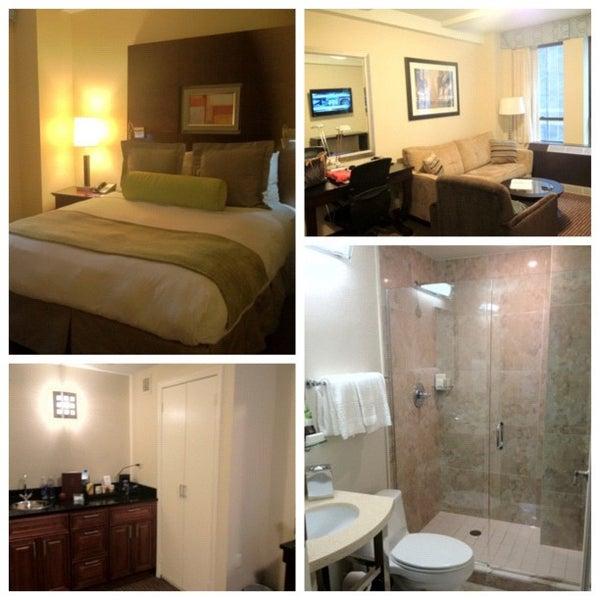 Снимок сделан в Hotel MELA пользователем Richard B. 8/24/2012