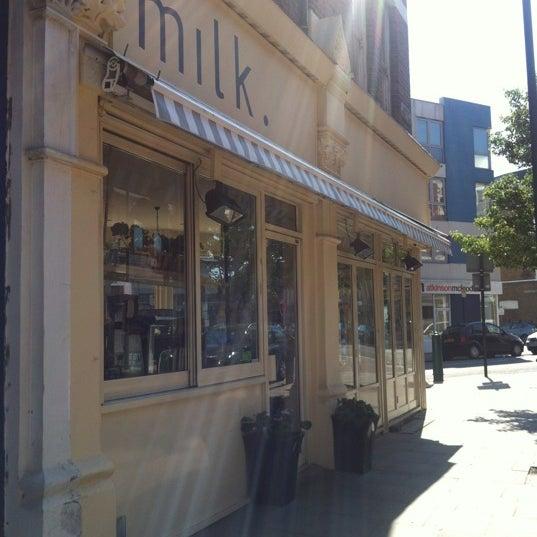 5/27/2012 tarihinde Camilla J.ziyaretçi tarafından M1LK'de çekilen fotoğraf