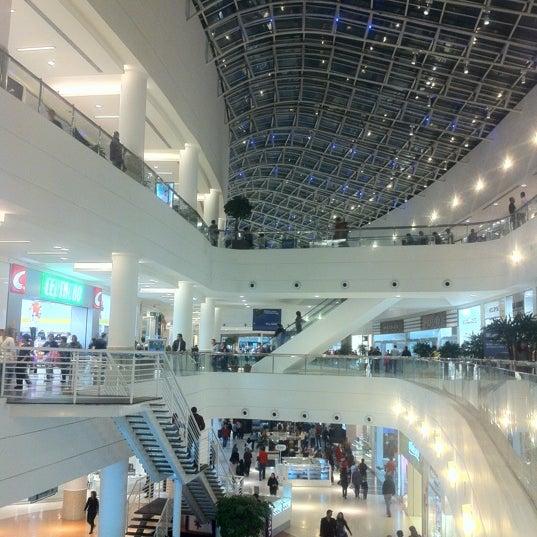 Foto tirada no(a) Shopping Palladium por Nicholas Marshall M. em 5/11/2012
