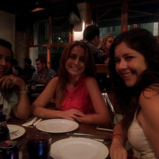 8/24/2012 tarihinde Mustafa ö.ziyaretçi tarafından Mica Restaurant & Bar'de çekilen fotoğraf