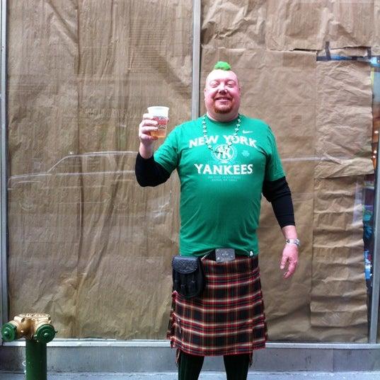3/17/2012にAileen O.がPlaywright Irish Pubで撮った写真