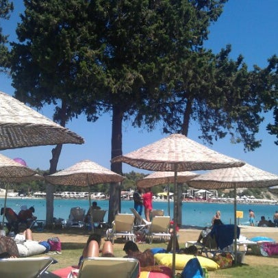 Das Foto wurde bei Babylon Çeşme von Cüneyt D. am 8/25/2012 aufgenommen