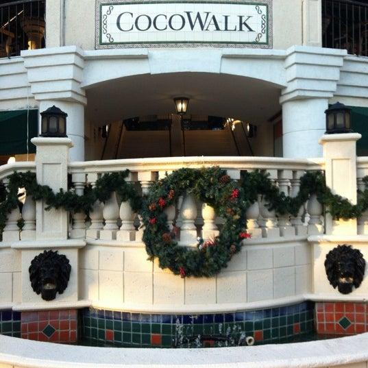 12/26/2011에 Sam S.님이 CocoWalk에서 찍은 사진