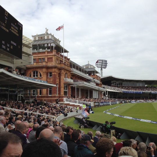 Foto tomada en Lord's Cricket Ground (MCC)  por Colin B. el 5/17/2012