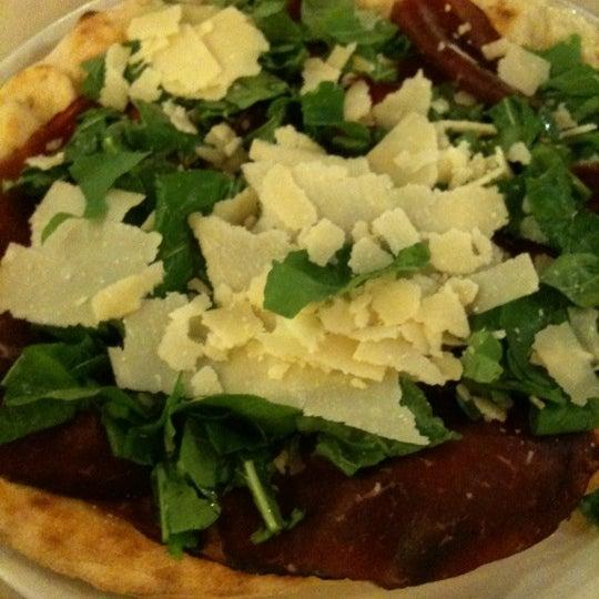 Foto tirada no(a) Catullo - Ristorante Pizzeria por Barbara A. em 7/27/2011