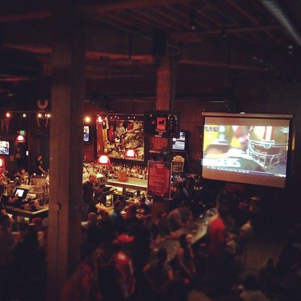 Photo prise au Pete's Tavern par Lan le9/9/2012