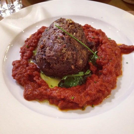 Foto scattata a EAT da Lenine M. il 6/3/2012