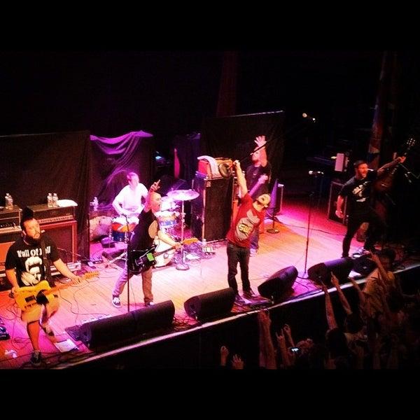11/2/2011 tarihinde Dustin H.ziyaretçi tarafından House of Blues'de çekilen fotoğraf