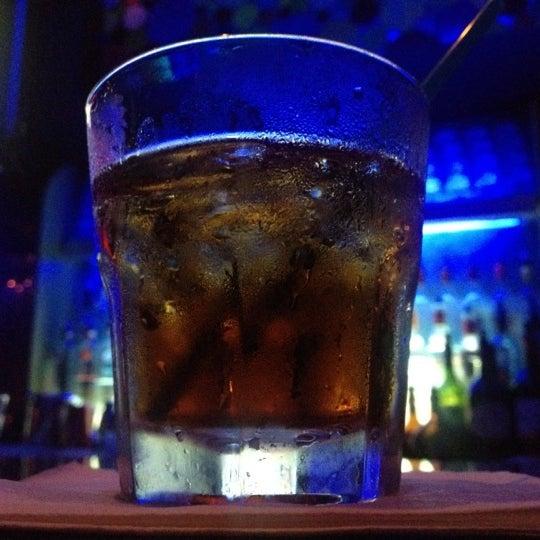 Снимок сделан в Bleu Martini пользователем Shelby L. 9/4/2012
