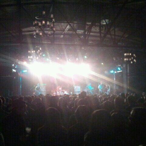 รูปภาพถ่ายที่ Warehouse Live โดย ⭐️Vinny⭐️ เมื่อ 10/2/2011