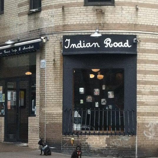 Das Foto wurde bei Indian Road Café von Joey am 5/16/2012 aufgenommen
