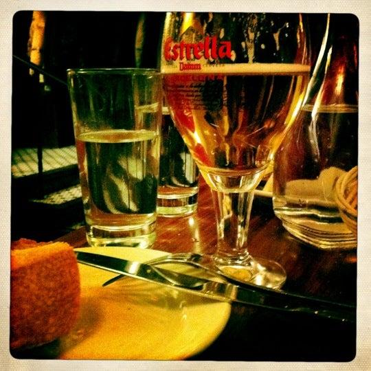 Foto tirada no(a) La Bonne Soupe por Daniel C. em 12/25/2011
