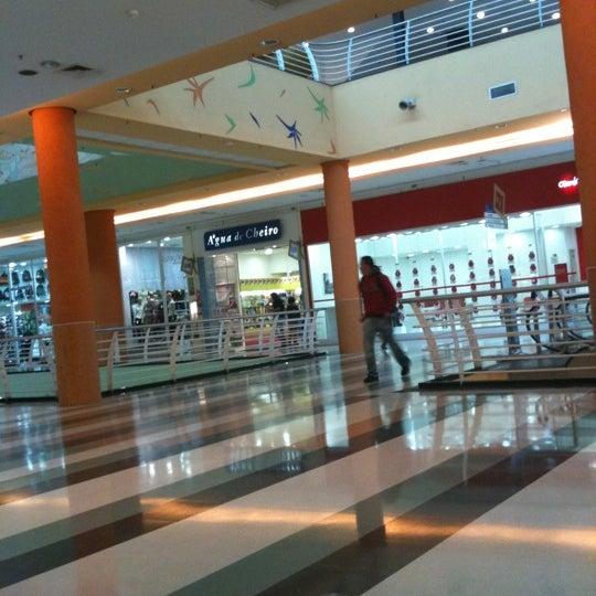 Das Foto wurde bei Shopping Campo Limpo von Joice am 7/22/2011 aufgenommen
