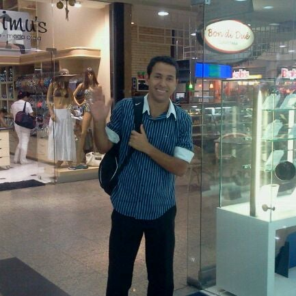 Foto tirada no(a) Itajaí Shopping Center por Tim M. em 11/17/2011
