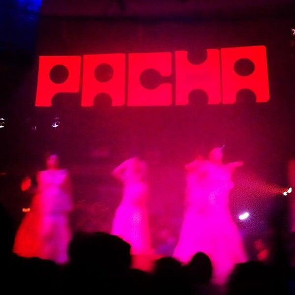 8/27/2012にJohn C.がPachaで撮った写真
