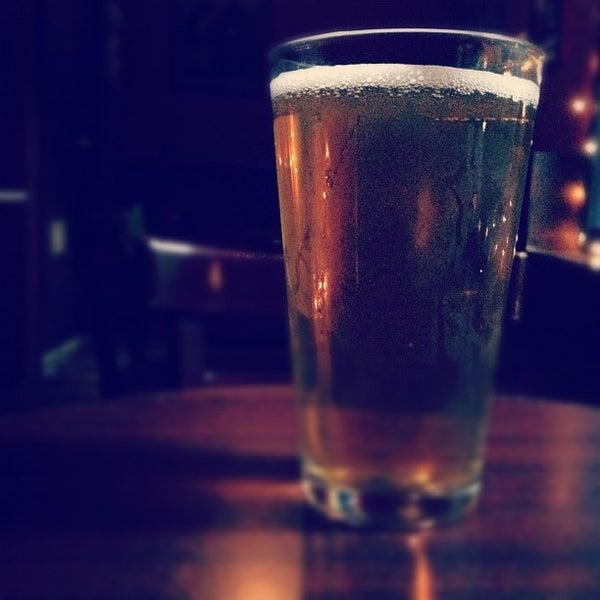 Foto tomada en Fourth Avenue Pub por Ben R. el 6/30/2012