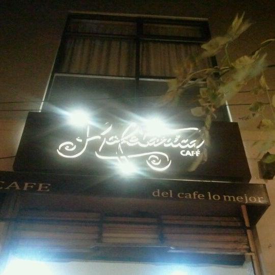 Das Foto wurde bei Kofetárica Café von Quacckcita F. am 8/5/2012 aufgenommen