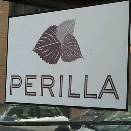 Das Foto wurde bei Perilla von SuBarNYC am 12/17/2011 aufgenommen