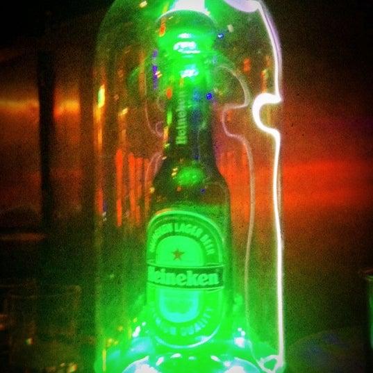 4/26/2012 tarihinde Pedro L.ziyaretçi tarafından Bolshoi Pub'de çekilen fotoğraf