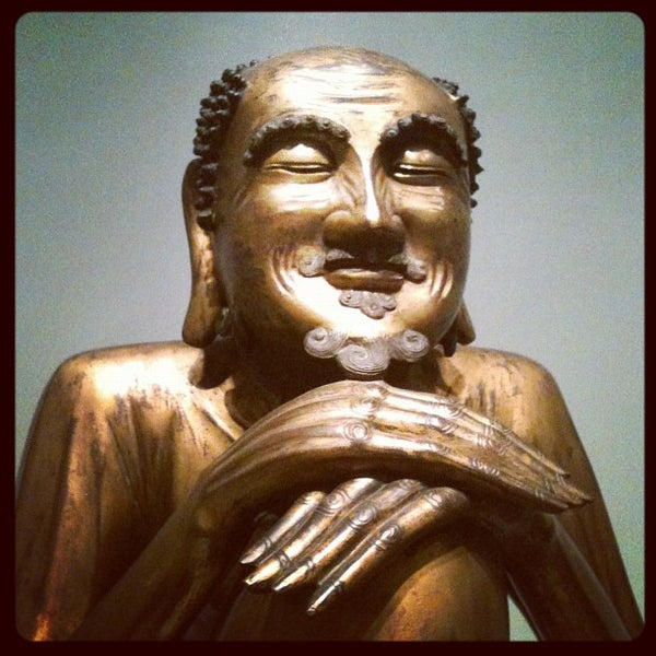 11/13/2011 tarihinde Shannon Z.ziyaretçi tarafından Asian Art Museum'de çekilen fotoğraf