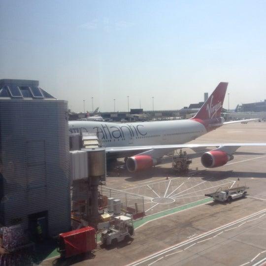 Photos at Virgin Atlantic Premium Economy MAN -ORL VS84