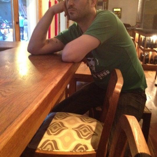 8/25/2012 tarihinde Emre A.ziyaretçi tarafından Mica Restaurant & Bar'de çekilen fotoğraf