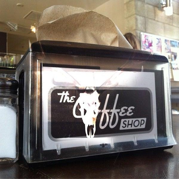 Das Foto wurde bei The Coffee Shop at Agritopia von Michael B. am 7/26/2012 aufgenommen