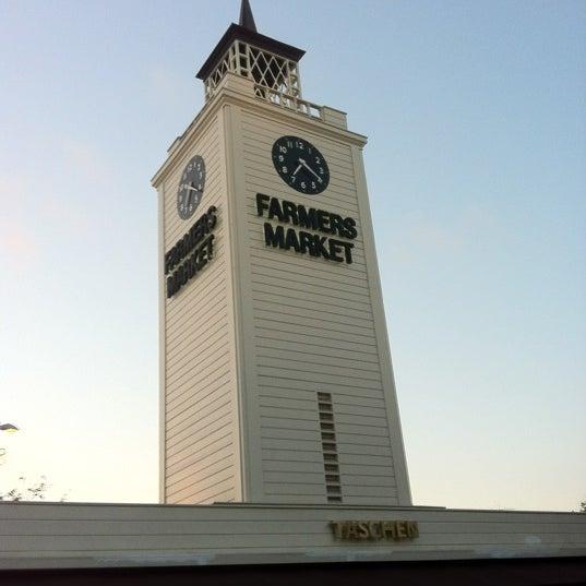 Das Foto wurde bei The Original Farmers Market von Anil C. am 8/25/2012 aufgenommen