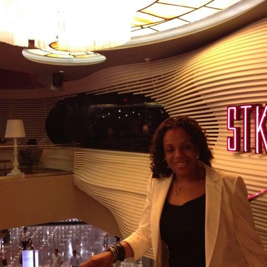 Photo prise au STK par Kitty B. le4/25/2012
