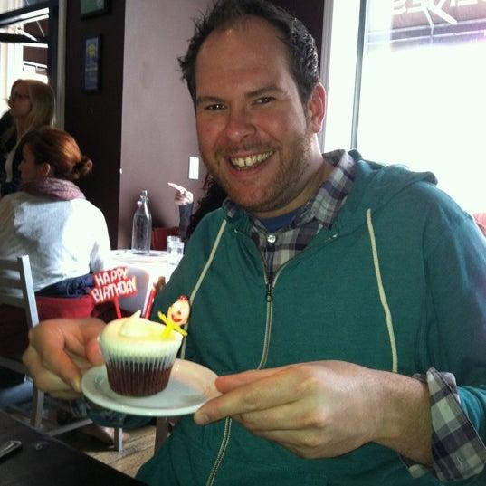 Снимок сделан в Southport Grocery & Cafe пользователем Darla C. 4/29/2012