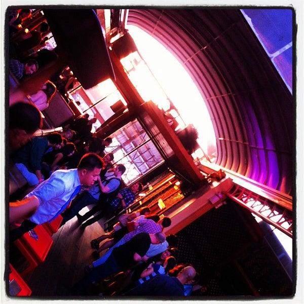 Foto tirada no(a) Hudson Terrace por Steve T. em 8/1/2012