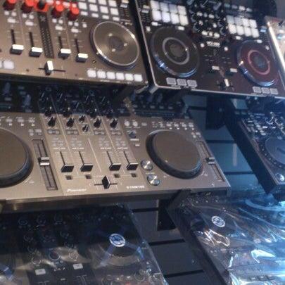 8/7/2012에 Сергей П.님이 Baza Record Shop에서 찍은 사진
