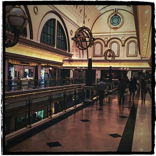 Foto tomada en Centro Comercial Gran Vía 2 por Carles G. el 10/7/2011