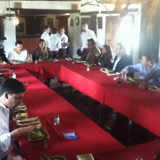 Das Foto wurde bei El Pórtico von Cinthya C. am 7/27/2012 aufgenommen