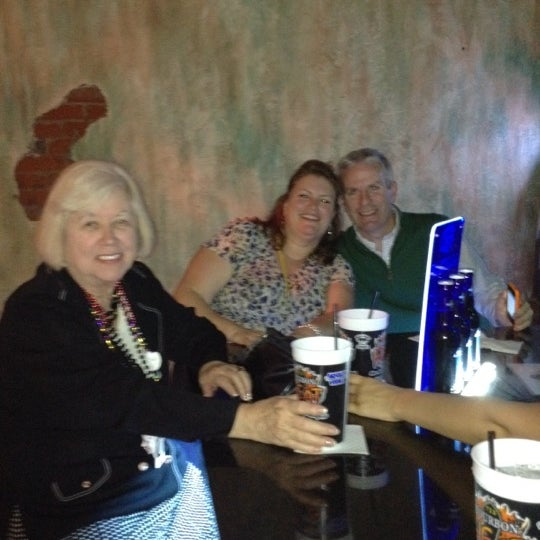 Foto tomada en Bourbon Heat por Sue P. el 3/2/2012