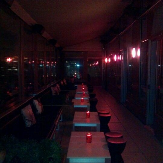 1/20/2012에 Amy V.님이 Plunge Rooftop Bar & Lounge에서 찍은 사진