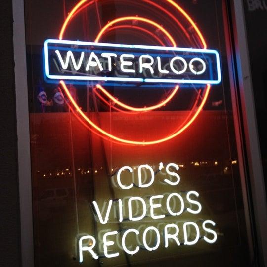 3/12/2012에 Mark G.님이 Waterloo Records에서 찍은 사진
